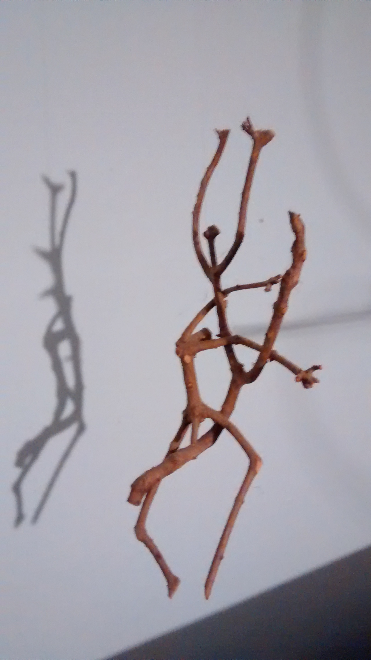 Hanging Dancing Stick Couple